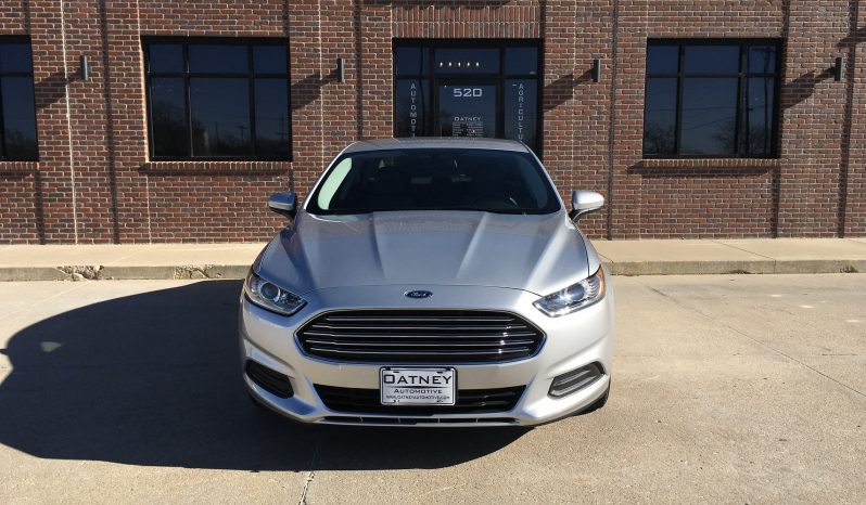 2016 Ford Fusion full